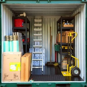 Urban Space Self Storage : Container